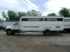 Where to rent HWY 55 RENTAL 24  TRUCK in Plymouth MN